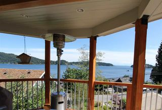 """Photo 14: 450 CENTRAL Avenue in Gibsons: Gibsons & Area House for sale in """"Granthams Landing"""" (Sunshine Coast)  : MLS®# R2083036"""