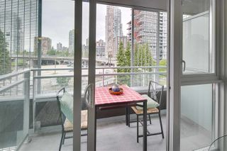 "Photo 6: 609 1372 SEYMOUR Street in Vancouver: Downtown VW Condo for sale in ""THE MARK"" (Vancouver West)  : MLS®# R2091913"