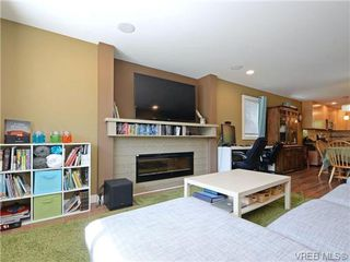 Photo 3: 3358 Radiant Way in VICTORIA: La Happy Valley Strata Duplex Unit for sale (Langford)  : MLS®# 368702