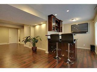 Photo 10: 276 VALLEY CREST Rise NW in Calgary: 2 Storey for sale : MLS®# C3560985
