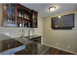 Photo 11: 276 VALLEY CREST Rise NW in Calgary: 2 Storey for sale : MLS®# C3560985