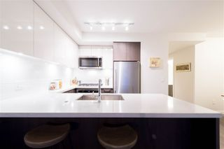 Photo 4: 714 384 E 1 Avenue in Vancouver: Mount Pleasant VE Condo for sale (Vancouver East)  : MLS®# R2112021
