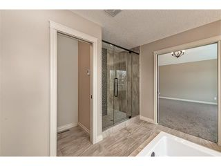 Photo 26: 22 ROCK LAKE View NW in Calgary: Rocky Ridge House for sale : MLS®# C4090662