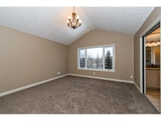 Photo 24: 22 ROCK LAKE View NW in Calgary: Rocky Ridge House for sale : MLS®# C4090662