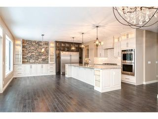 Photo 9: 22 ROCK LAKE View NW in Calgary: Rocky Ridge House for sale : MLS®# C4090662