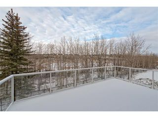 Photo 29: 22 ROCK LAKE View NW in Calgary: Rocky Ridge House for sale : MLS®# C4090662