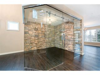 Photo 15: 22 ROCK LAKE View NW in Calgary: Rocky Ridge House for sale : MLS®# C4090662