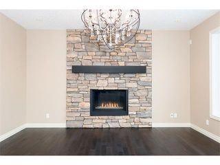 Photo 12: 22 ROCK LAKE View NW in Calgary: Rocky Ridge House for sale : MLS®# C4090662