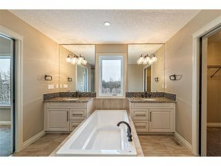 Photo 27: 22 ROCK LAKE View NW in Calgary: Rocky Ridge House for sale : MLS®# C4090662
