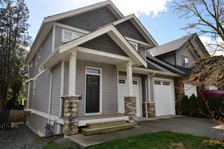 Photo 2: 33592 2 Avenue in Mission: Mission BC House 1/2 Duplex for sale : MLS®# R2153491