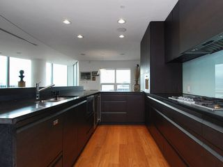 Photo 16: 2801 837 West HASTINGS Street in TERMINAL CITY CLUB: Home for sale : MLS®# V810309