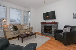 Photo 2: 304 14 E ROYAL AVENUE in New Westminster: Fraserview NW Condo for sale : MLS®# R2133443
