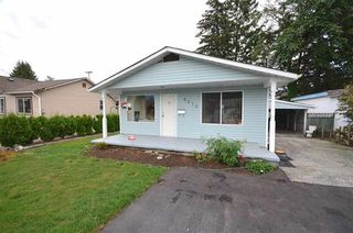 Photo 1: 8870 EDWARD Street in Chilliwack: Chilliwack W Young-Well House for sale : MLS®# R2168979