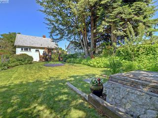Photo 18: 87 W Maddock Ave in VICTORIA: SW Gorge Single Family Detached for sale (Saanich West)  : MLS®# 765555