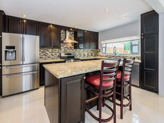 Photo 4: 65 Longwater Chase in Markham: Unionville House (2-Storey) for sale : MLS®# N3891650