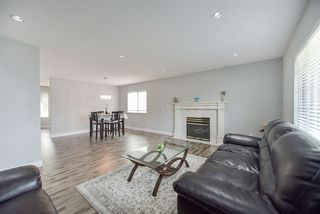 Photo 5: 12258 203 Street in Maple Ridge: Northwest Maple Ridge House for sale : MLS®# R2195768