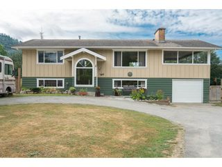 "Photo 1: 6326 GOLF Road: Agassiz House for sale in ""Agassiz"" : MLS®# R2198288"