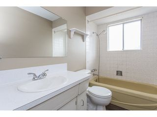 "Photo 13: 7743 SANDPIPER Drive in Mission: Mission BC House for sale in ""West Heights"" : MLS®# R2198601"