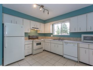 "Photo 8: 7743 SANDPIPER Drive in Mission: Mission BC House for sale in ""West Heights"" : MLS®# R2198601"