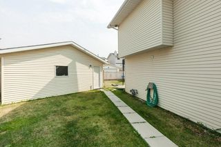 Photo 30: 18 MARTINGROVE Mews NE in Calgary: Martindale House for sale : MLS®# C4135868