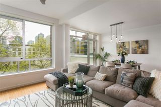 "Photo 2: 605 36 WATER Street in Vancouver: Downtown VW Condo for sale in ""TERMINUS"" (Vancouver West)  : MLS®# R2207222"