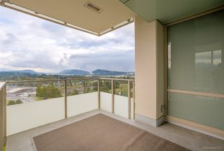"Photo 15: 2203 1550 FERN Street in North Vancouver: Lynnmour Condo for sale in ""BEACON AT SEYLYNN VILLAGE"" : MLS®# R2214933"