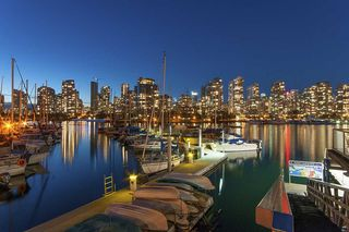Photo 1: 615 518 MOBERLY ROAD in Vancouver: False Creek Condo for sale (Vancouver West)  : MLS®# R2213184