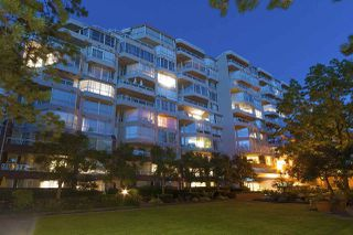 Photo 2: 615 518 MOBERLY ROAD in Vancouver: False Creek Condo for sale (Vancouver West)  : MLS®# R2213184