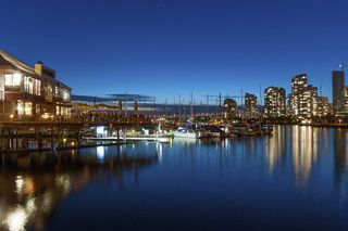 Photo 18: 615 518 MOBERLY ROAD in Vancouver: False Creek Condo for sale (Vancouver West)  : MLS®# R2213184