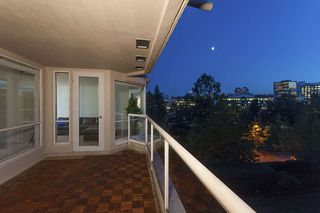 Photo 12: 615 518 MOBERLY ROAD in Vancouver: False Creek Condo for sale (Vancouver West)  : MLS®# R2213184