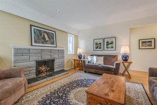Photo 2: 3521 DUVAL Road in North Vancouver: Lynn Valley House for sale : MLS®# R2228143