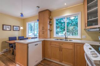 Photo 8: 3521 DUVAL Road in North Vancouver: Lynn Valley House for sale : MLS®# R2228143