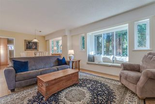 Photo 5: 3521 DUVAL Road in North Vancouver: Lynn Valley House for sale : MLS®# R2228143