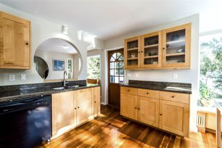 Photo 5: 40521 N HIGHLANDS Way in Squamish: Garibaldi Highlands House for sale : MLS®# R2241027