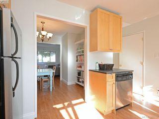 Photo 10: 943 Inskip St in VICTORIA: Es Kinsmen Park Half Duplex for sale (Esquimalt)  : MLS®# 780185