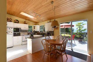 Photo 4: 5487 TRAIL ISLAND Drive in Sechelt: Sechelt District House for sale (Sunshine Coast)  : MLS®# R2245911