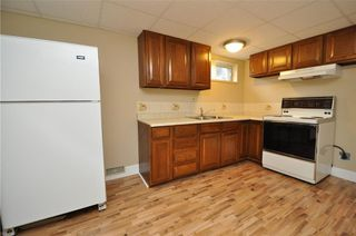 Photo 19: 15 WESTVIEW Drive SW in Calgary: Westgate House for sale : MLS®# C4173447