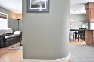 Photo 7: 15 WESTVIEW Drive SW in Calgary: Westgate House for sale : MLS®# C4173447