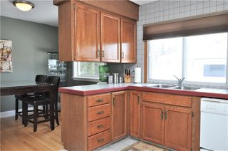 Photo 9: 15 WESTVIEW Drive SW in Calgary: Westgate House for sale : MLS®# C4173447
