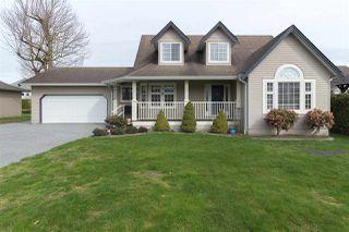 Main Photo: 46007 HIGGINSON Road in Sardis: Sardis East Vedder Rd House for sale : MLS®# R2252891