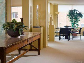 Photo 9: 604 636 Montreal St in VICTORIA: Vi James Bay Condo Apartment for sale (Victoria)  : MLS®# 559334