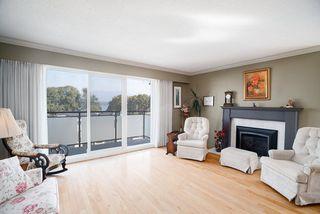 Photo 1: 302 2255 YORK Avenue in Vancouver: Kitsilano Condo for sale (Vancouver West)  : MLS®# R2305184