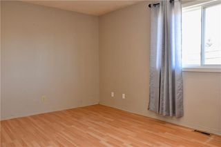 Photo 12: 16 CASTLEGROVE Place NE in Calgary: Castleridge Detached for sale : MLS®# C4208662