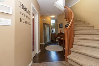 Photo 2: 3425 Turnstone Drive in VICTORIA: La Happy Valley Single Family Detached for sale (Langford)  : MLS®# 400759