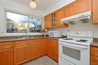 Photo 9: 7 50 Montreal Street in VICTORIA: Vi James Bay Townhouse for sale (Victoria)  : MLS®# 402267