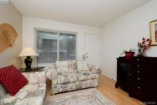 Photo 4: 7 50 Montreal Street in VICTORIA: Vi James Bay Townhouse for sale (Victoria)  : MLS®# 402267