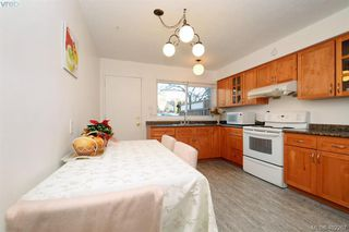 Photo 7: 7 50 Montreal Street in VICTORIA: Vi James Bay Townhouse for sale (Victoria)  : MLS®# 402267