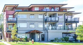 "Main Photo: 203 22858 LOUGHEED Highway in Maple Ridge: East Central Condo for sale in ""URBAN GREEN"" : MLS®# R2327352"