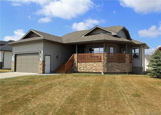 Main Photo: 6415 Cedar Way in Innisfail: IL Hazelwood Estates Residential for sale : MLS®# CA0154595