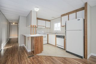 """Photo 6: 46 31313 LIVINGSTONE Avenue in Abbotsford: Abbotsford West Manufactured Home for sale in """"Paradise Mobile Home Park"""" : MLS®# R2337850"""